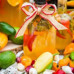 Hallmark Homes, Hallmark Channel, Latin Food, Edible Garden, How To Dry Oregano, Fresh Herbs, Filipino, Hot Sauce, Guacamole