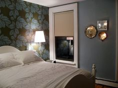 pretty colors - love the focus wall and sconce arrangement