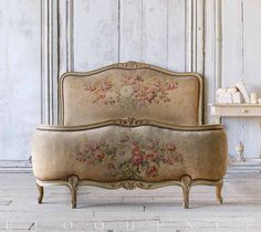 Shabby Chic Furniture In a family room, try to arrange your furniture into centers. Bed Furniture, Shabby Chic Furniture, Vintage Furniture, Cheap Furniture, Antique French Furniture, Furniture Stores, Furniture Design, French Decor, French Country Decorating