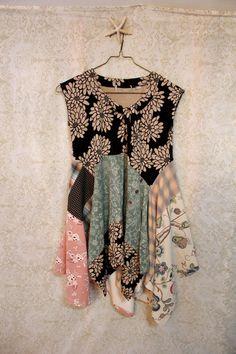 REVIVAL Women's Upcycled Boho Knit Shirt Shabby Chic от REVIVAL