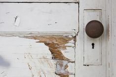 door, knob, and old-bilde