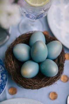 Painted Eggs - Two Ways 3473c9f04c