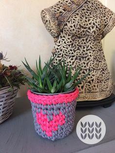 Pot t-shirt yarn pink & grey Sold out T Shirt Yarn, Pink Grey, Straw Bag, Bags, Shirts, Fashion, Crocheting, Baby Newborn, Handbags