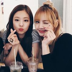 Listen to see u later - blackpink by ioveclip on Kpop Girl Groups, Korean Girl Groups, Kpop Girls, Kim Jennie, Blackpink Lisa, Yg Entertainment, Forever Young, Mamamoo, Black Pink Kpop
