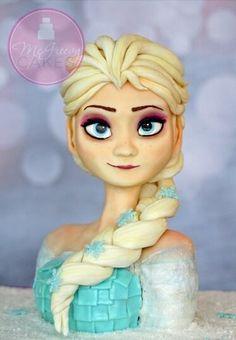 Elsa frozen cake ❤️ someone please make me this