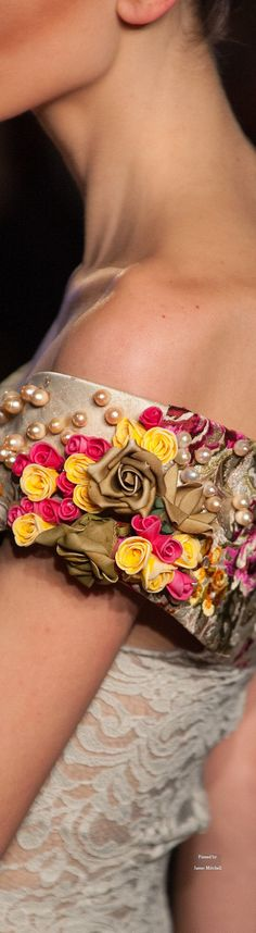 Legends by Sylvia Sermenghi & Bilal Barrage Printemps-été 2015 - Haute couture Couture Details, Fashion Details, Love Fashion, Womens Fashion, Fashion Design, Fashion Walk, Couture Embroidery, Ribbon Embroidery, Bilal