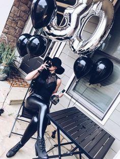 This one cracks me up Milestone Birthday Party Ideas 30th Birthday Ideas For Women, 30th Birthday Themes, Thirty Birthday, Birthday Photos, 30th Bday Ideas, 30 Birthday Balloons, 30th Birthday Quotes, 30th Birthday Decorations, Birthday Goals