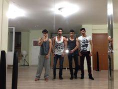 Idol of Models kazananları Ufuk Deger, Yusuf Ogut, Can Celikay ve Aykut Alagoz klip çekiminde