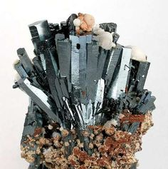 Hematite on Andradite    Wessels Mine (Wessel's Mine), Hotazel, Kalahari manganese fields, Northern Cape Province, South Africa