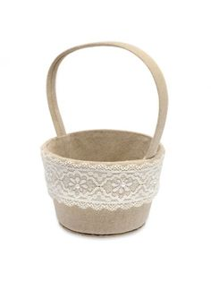Round Linen Basket with Lace