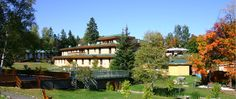 The beautiful Sivananda Yoga Center I went to in Val Morin <3