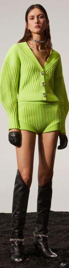 David Koma, Knitwear Fashion, F21, Pulls, Catwalk, Runway, Sweaters, Cardigans, Shorts