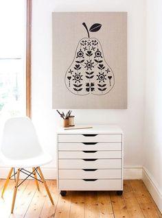 white Eames chair, white midcentury file chest, pear on linen canvas, wood floors (via these are photos i like, source: design*sponge) Villa Design, House Design, Design Room, Interior Styling, Interior Design, Small Apartment Design, Drawer Unit, Blog Deco, Kids Decor
