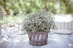 baby's breath centrepiece | Just Judy #wedding