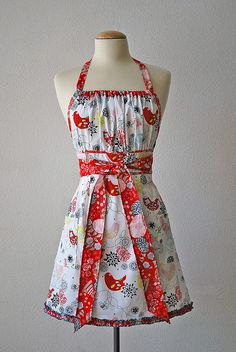 Gathered top apron