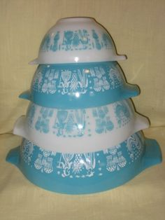 VINTAGE PYREX AMISH BUTTERPRINT BOWLS >>> You can find out more details at the affiliate link of the image.