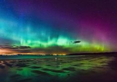 Ovation Aurora Borealis photo from Gullane, Scotland by Ian Foote Beautiful Sky, Beautiful Landscapes, Science And Nature, Amazing Nature, Night Skies, Cool Pictures, Northern Lights, Scenery, Backpacker