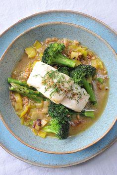 I just love this dish - Cod with asparagus, leek and spelt #wonkyveg #asparagus