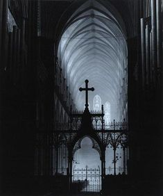 Salisbury Cathedral by bill Brandt,1943