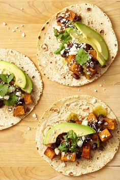 Sweet Potato, Avocado, and Black Bean Tacos Spicy sweet potatoes and black beans make the ultimate vegetarian taco filling. We promise — you won't miss the beef. Click through for more black bean recipes! Mexican Food Recipes, Vegetarian Recipes, Dinner Recipes, Cooking Recipes, Mexican Dishes, Vegetable Recipes, Whole30, Raclette Originale, Galette Des Rois Recipe