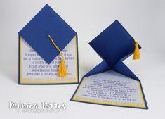 Hola Hola Artesanas del Papel Las graduaciones son momentos de orgullo familiar, más cuando el graduado es quien da el discurso de fin de...