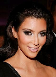 Kim Kardashian; smokey eye