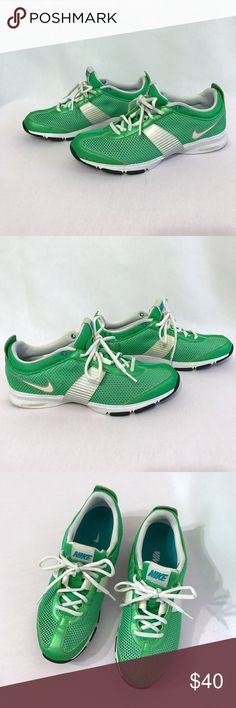 Nike Zoom Trainer Essentials ll 2 Excellent used condition. Green and White Nike Trainer Essential 2 Running shoes. Lightweight sneakers. Nike Shoes Athletic Shoes