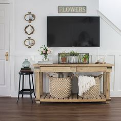 That big black box in the living room is a challenge for every designer! Simple home decor ideas and solutions for how to decorate around a TV. Rugs In Living Room, Living Room Decor, Bedroom Decor, Decor Around Tv, Tv Wall Decor, Elegant Home Decor, Furniture Layout, Furniture Makeover, Room Ideas
