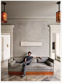 THIS FLOOR WALL CEILING COMBO. WITH YOUR CHANDELIERS THIS IS A NEW LEVEL OF CHIC IN MY VIEW:)