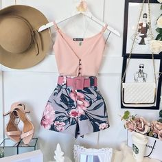 Casual Women Fashion To Update You Wardrobe Today - Page 20 of 75 - Women Fashion's Best Casual Outfits, Cool Summer Outfits, Cute Outfits, Girl Fashion, Fashion Outfits, Womens Fashion, Look Con Short, Casual Chic, Casual Looks