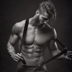 Travis DesLaurier Male Model