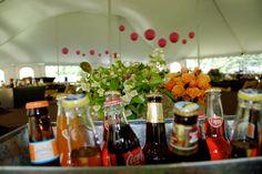 Love vintage drinks and galvanized buckets!
