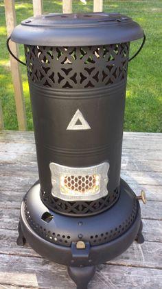 1914 Perfection 325 kerosene heater Transformers, Oil Stove, Oil Heater, Kerosene Heater, Fire Pots, Antique Lanterns, Oil Burners, White Enamel, Painted Furniture