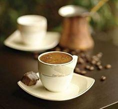 Ortağız hepimiz ortak, Gökyüzümüz ortak,havamız ortak, Acılarımız,sevinçlerimiz ortak, Kahvenin kokusunun hissettirdikleri ortak. Bi'kahve, Afiyetle..