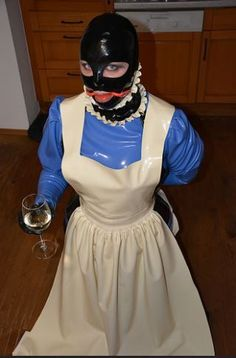 Pvc Apron, Latex Costumes, Latex Lady, Maid Uniform, Heavy Rubber, Maid Outfit, Sissy Maids, Victoria, Aprons