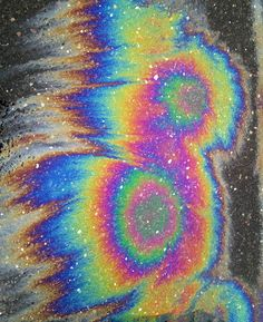 A heart that fell was never black but only of the rainbow. Oil Spill, Rainbow Aesthetic, Sidewalk Chalk, Chalk Art, Grafik Design, Graphic Design Inspiration, Trippy, Holographic, Neon