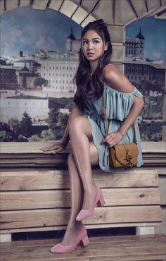 NadineForParisianShoesAndBags (ctto) Nadine Lustre Ootd, Nadine Lustre Fashion, Filipina Actress, Filipina Beauty, Lady Luster, Asian Woman, Asian Girl, Flattering Outfits, Liza Soberano