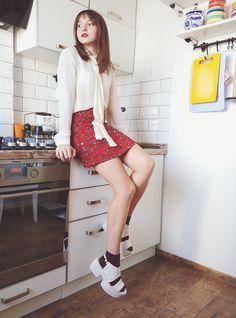 #petite #brunette #girly #autumn #fall #platforms #vagabond #alineskirt…