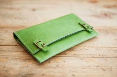 Green TOBACCO Leather POUCH // Leather Tobacco case // by KURTIK