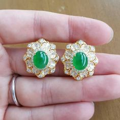 @collection_de_mandalay.  Apple Green Jade Earring
