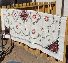 Hey, I found this really awesome Etsy listing at https://www.etsy.com/listing/517638957/romanian-embroidered-linen-tablecloth