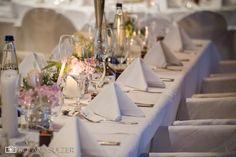 Hochzeit Schloss Neuburg - Passau - Roland Sulzer Fotografie GmbH - Blog Table Decorations, Blog, Home Decor, Wedding Day, Engagement, Getting Married, Night Photography, Worship Service, Passau
