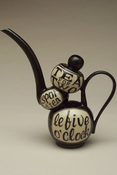 I like how the design is unique and how petite the teapot is.