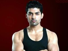 'Wajah Tum Ho' actor Gurmeet Choudhary refused two mythological TV shows and here's the real reason. Half Girlfriend Full Movie, Ada Khan, Gurmeet Choudhary, Most Handsome Actors, Drashti Dhami, Watch Full Episodes, Indian Movies, Tv Actors, Mythology
