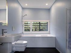 Small Bathroom Interior Design Ideas Small Bathroom Interior, Large Bathrooms, Modern Bathroom Decor, Modern Bathroom Design, Bathroom Sets, White Bathroom, Ikea Bathroom, Bathroom Designs, Bathroom Lighting
