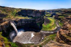 The World's Most Beautiful Waterfalls: Niagara Falls, Sutherland Falls, And More