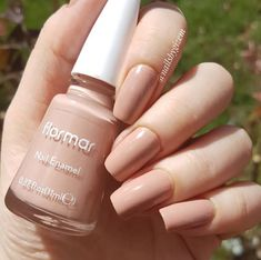 Uploaded by nermin. Find images and videos about nails on We Heart It - the app to get lost in what you love. French Manicure Acrylic Nails, Best Acrylic Nails, Nude Nails, Nail Manicure, Gel Nails, Nail Polish, Perfect Nails, Gorgeous Nails, Pretty Nails