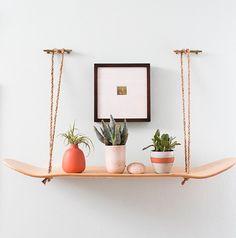 Skateboard shelf- love it DIY Decor: 5 Projects Using a Skateboard Deck