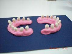 Πυθαγόρειο Νηπιαγωγείο: ΣΤΟΜΑΤΙΚΗ ΥΓΙΕΙΝΗ 2 - ΜΑΘΗΜΑΤΙΚΑ Dental Health, Dental Care, Oral Hygiene, Food Items, Teeth, Oral Health, Dental Caps