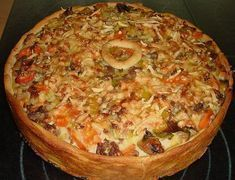 Hackfleisch - Schmand - Torte 3 # Food and Drink meat cooking Hackfleisch - Schmand - Torte von Hamburger Meat Recipes, Crockpot Recipes, Chicken Recipes, Healthy Recipes, Sour Cream Cake, Carne Picada, Mince Meat, Tart Recipes, Crowd Recipes